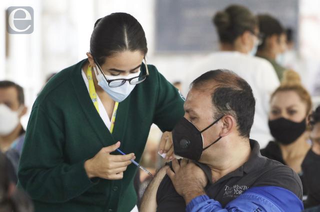 Curva de covid se mantiene en ascenso en Puebla: Salud