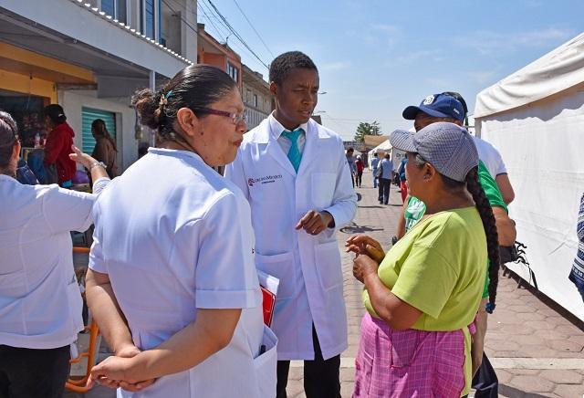 Servicios médicos gratuitos en Texmelucan, gracias al Dr. Vagón