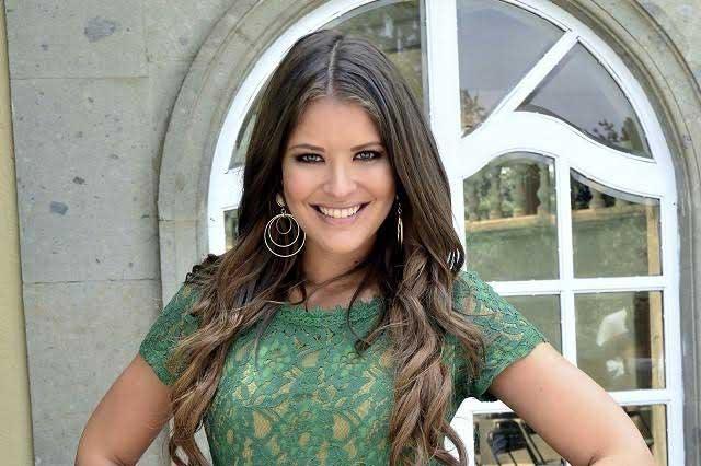 ¿Quieres ver cómo se luce Vanessa Claudio sin gota de maquillaje?