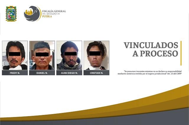 Vinculan a proceso a cuatro acusados de robo en Puebla