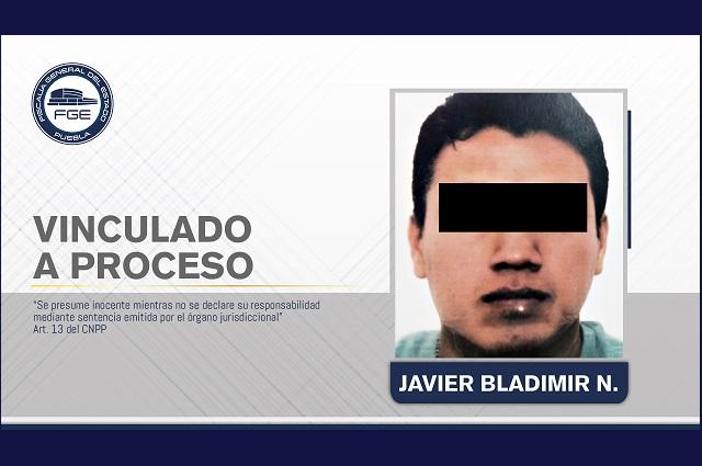 Policía de Inteligencia en Puebla extorsionó con pagarés