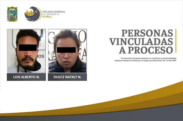 Van presos madre y padrastro por maltrato a 2 menores