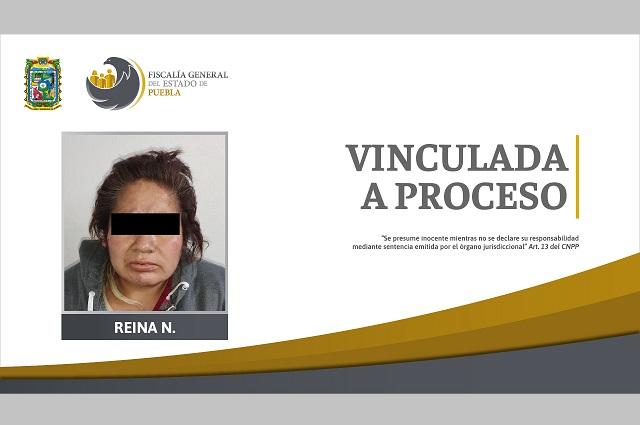 La vinculan a proceso por agredir a su hija en Huejotzingo