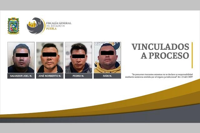Van cuatro a prisión por presunto robo de cajas fuertes