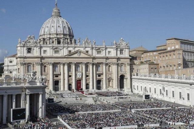 Gendarmería vaticana captura a monseñor Capella por tener pornografía infantil