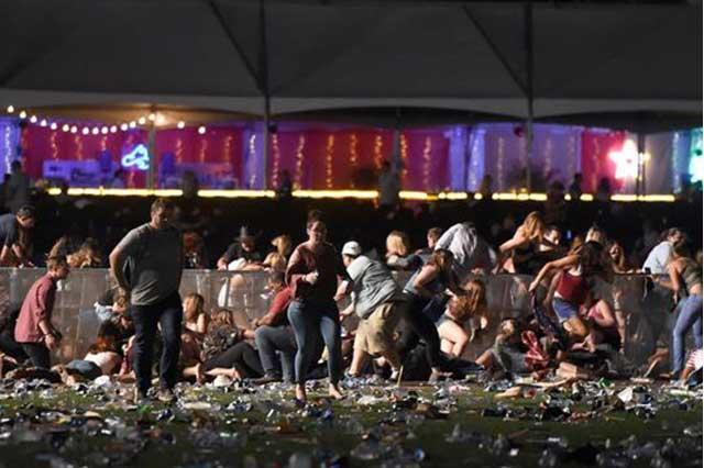 Graban en video el momento en que inició la masacre en Las Vegas
