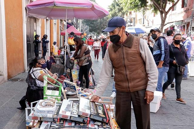 Suma Ayuntamiento de Puebla 65 denuncias penales contra ambulantes