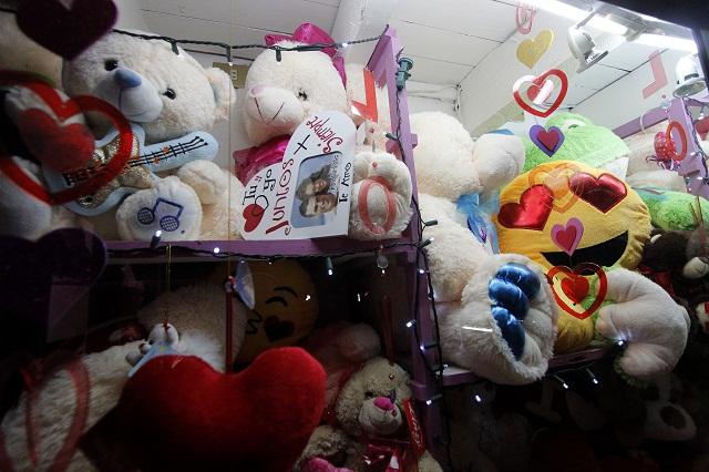 Lleva Profeco 5 suspensiones de actividad comercial por San Valentín