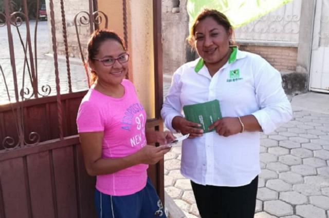 Mayerlín Romero ofrece progreso a comunidades de Tlacotepec de Juárez