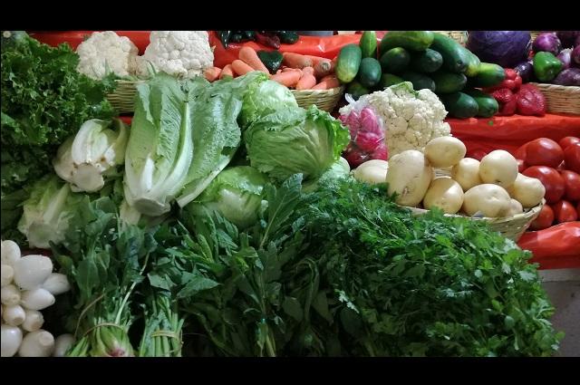 Aumenta precio de verduras por cuarentena en Tehuacán