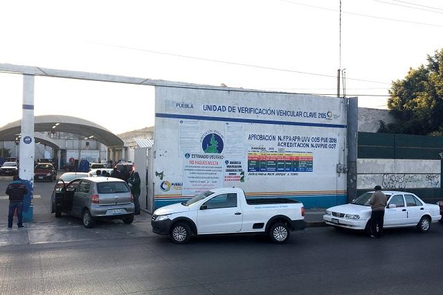 Ven lejana licitación para más verificentros en Puebla