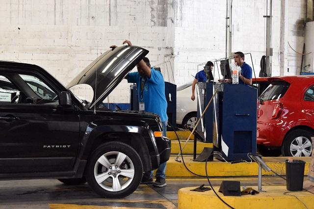 Verifican sin multa solo 41.3% de autos en Puebla; plazo vence el viernes