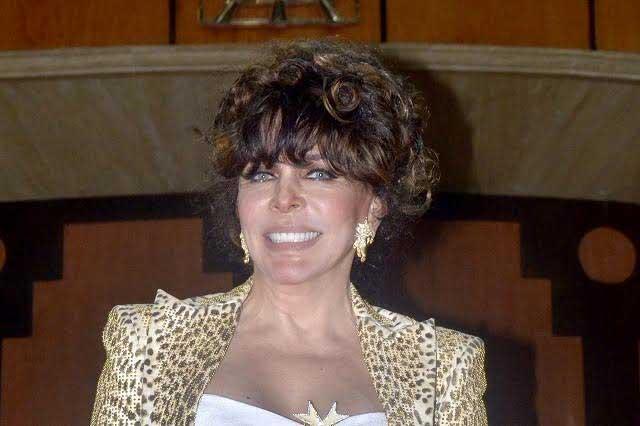 Verónica Castro acepta regresar a Televisa
