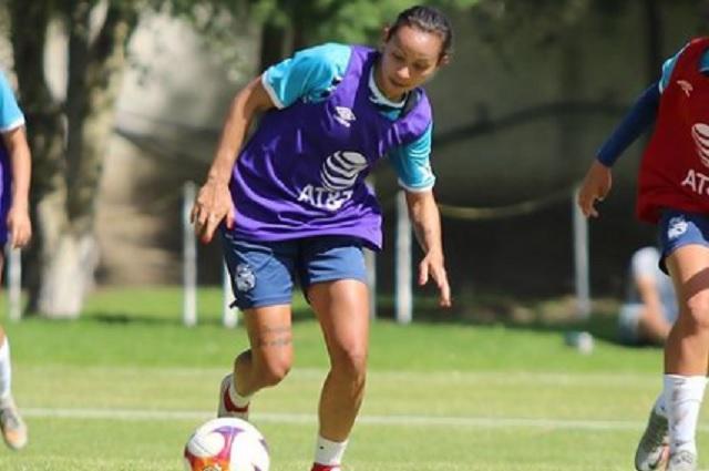 Verónica Martins narra la pesadilla de no debutar con Puebla