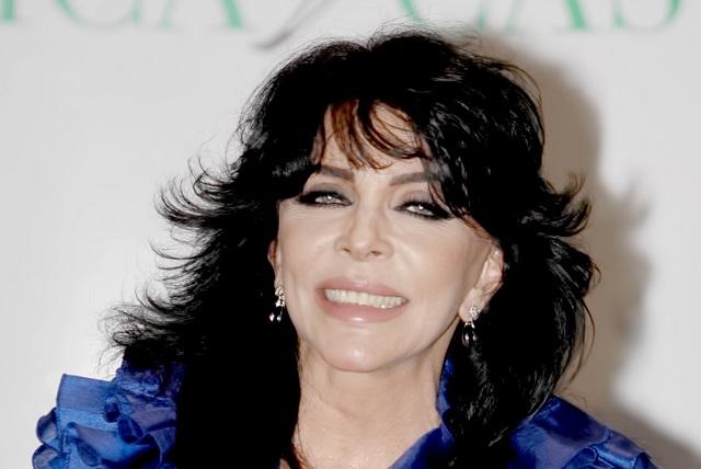Verónica Castro no asistirá al homenaje en honor a Juan Gabriel