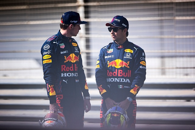 ¿A qué aspiran Verstappen y Checo luego de brillar en la pretemporada de F1?