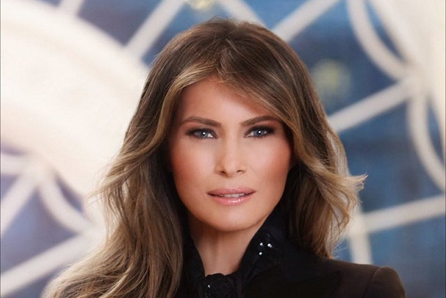 ¿Por qué el Vestido de Melania Trump atrajo las miradas del mundo?