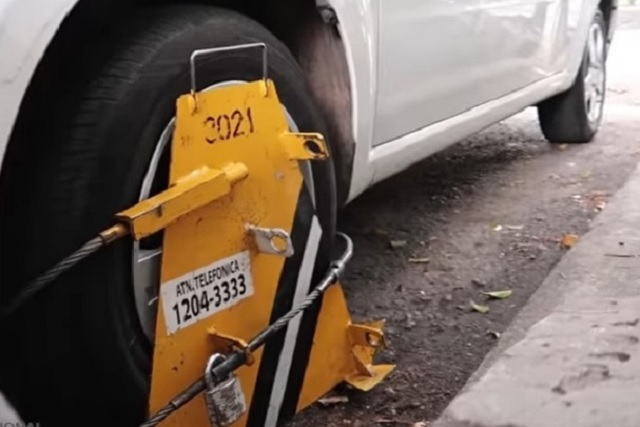 CDMX dejará de colocar arañas a vehículos que tengan placas de la capital