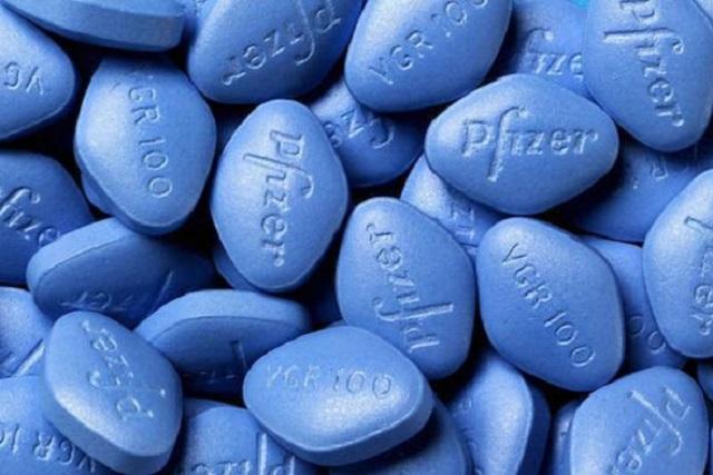 Se excedió de Viagra y ahora tiene daños irreversibles