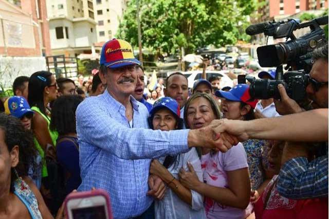 Hugo Chávez fue en su tiempo como hoy es AMLO, dice Vicente Fox