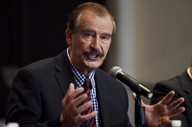 Una mujer encara a Vicente Fox y lo llama Señor sin Pensiones