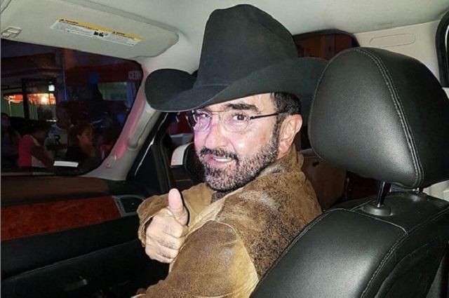 Vicente Fernández Jr. y Karina Ortegón ya están divorciados