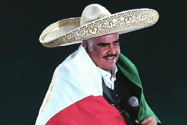 Vicente Fernández deja terapia intensiva