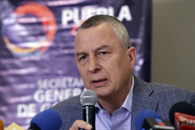 Congreso aprueba renuncia de Víctor Carrancá a la FGE