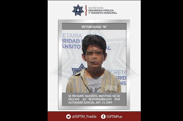 Cae ladrón de autopartes en colonia Las Hadas, en Puebla