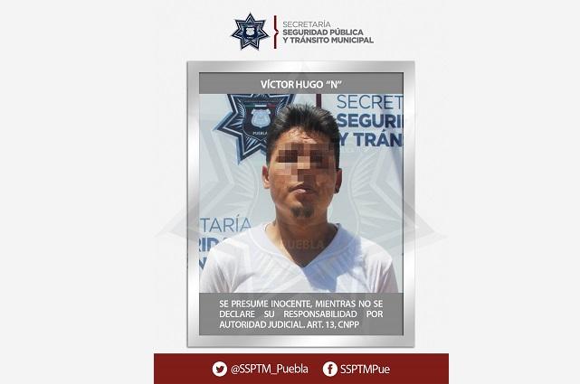Detienen a probable asaltante de estudiantes en Puebla