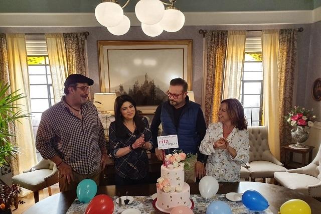Famosos festejan cumpleaños de Victoria Ruffo en set de Televisa