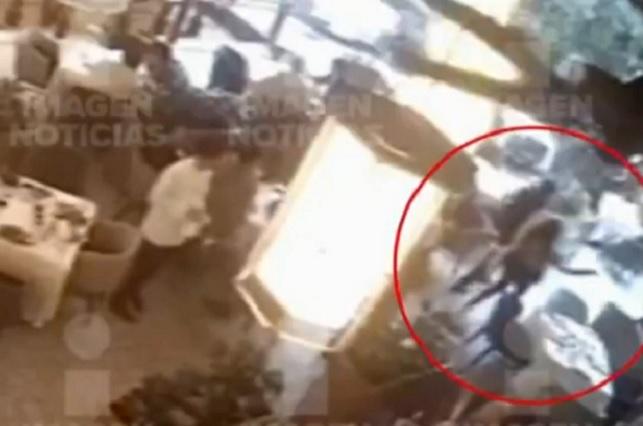 Captan en video el asesinato de los 2 israelíes en Plaza Artz