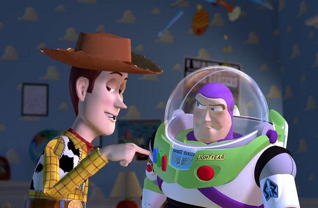 Conductor se hace viral por recrear escena de Toy Story 3
