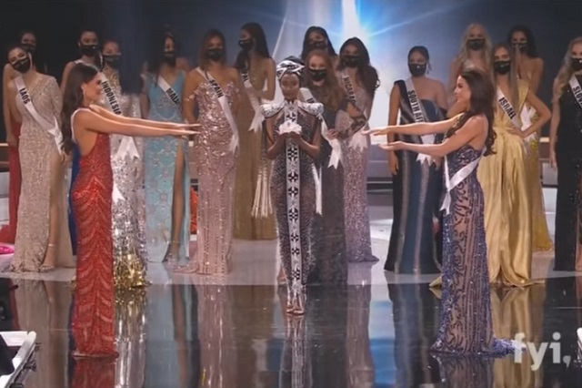 Video: Así fue el momento en que coronaron a Andrea Meza Miss Universo 2021