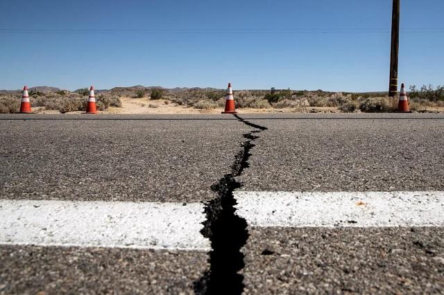 Videos: Sismo de 6.4 azota Nevada y California en EU