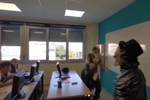 Video: Detienen a youtuber por lanzar pastel en la cara de un profesor