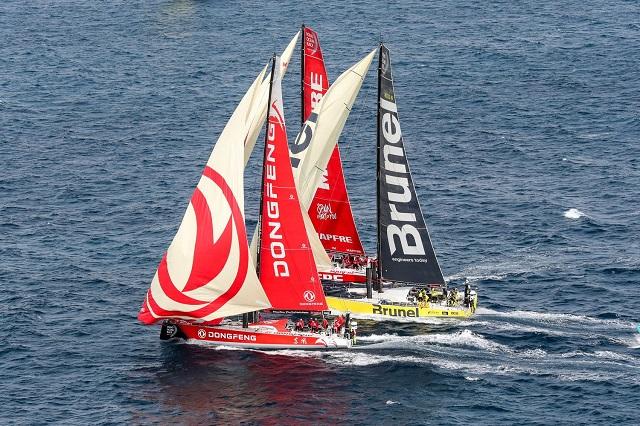 ¡La Haya, Holanda recibe a los 7 veleros que dieron la vuelta al globo!