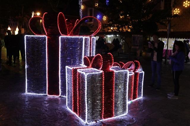 El sábado quedará listo el alumbrado navideño en Puebla, asevera Milenium