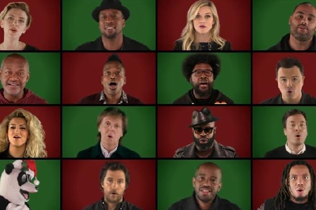 Paul McCartney, Scarlett Johansson y más famosos cantan villancico