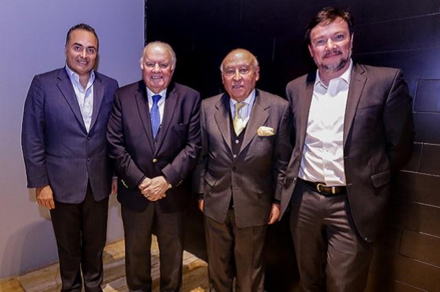 Sostiene David Villanueva reunión de trabajo con Enrique V. Iglesias