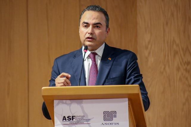 Presenta Villanueva conclusiones de Coloquio nacional de fiscalización