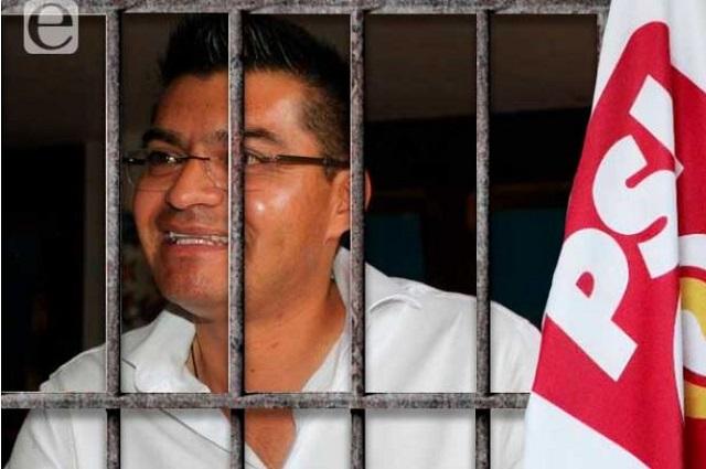 Queda vinculado a proceso el alcalde de Quecholac
