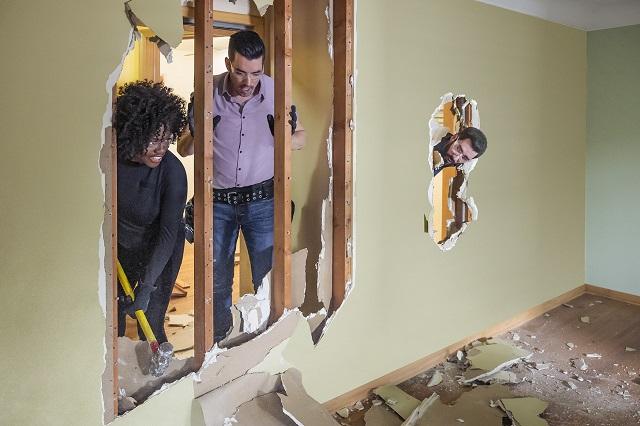 Viola Davis ayuda a renovar casa de su mejor amiga y que venció al cáncer