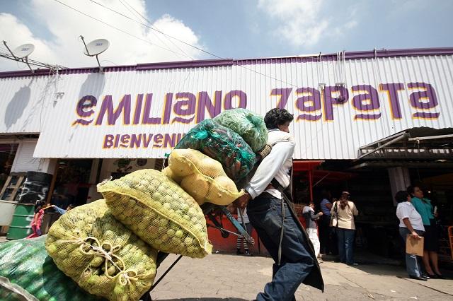 Conflicto entre comerciantes del Mercado Zapata amenaza desbordarse