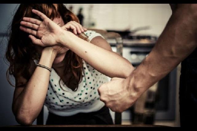 Por cuarentena, más violencia contra mujeres en Puebla, alertan