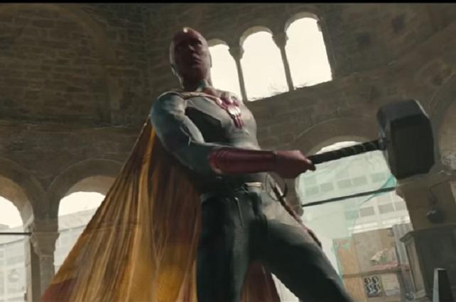 Revelan porque Visión puede levantar el Mjölnir, el martillo de Thor