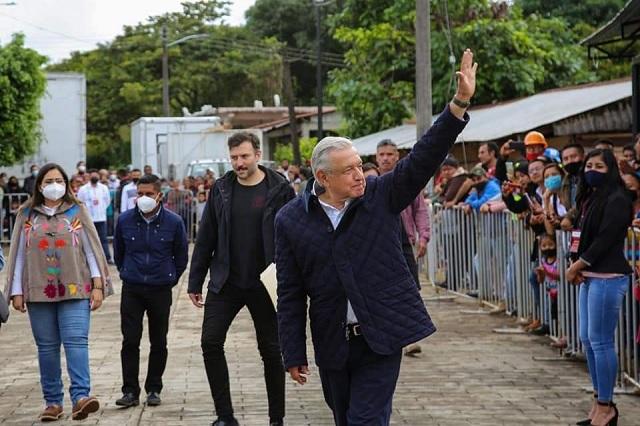 Con seguridad y sin público transcurre visita de AMLO en Xicotepec