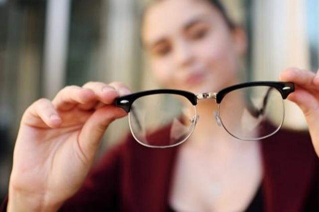 Confinamiento podría afectar tu vista y la de los niños, mira este consejo
