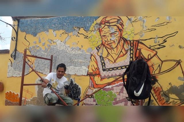 Plasman a mujeres del tianguis de Atlixco en un mural