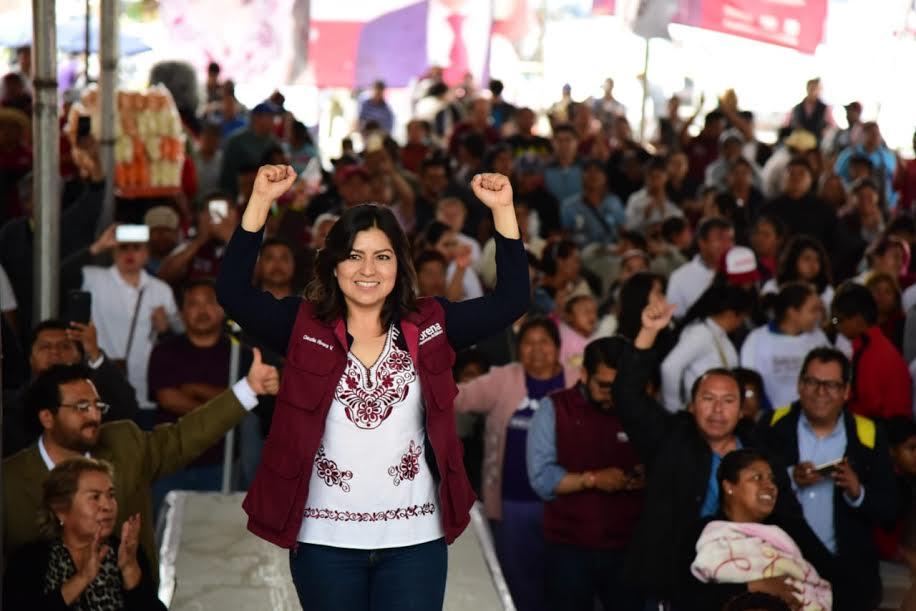 Claudia Rivera Vivanco ofrece respaldo   a locatarios de la Central de Abasto